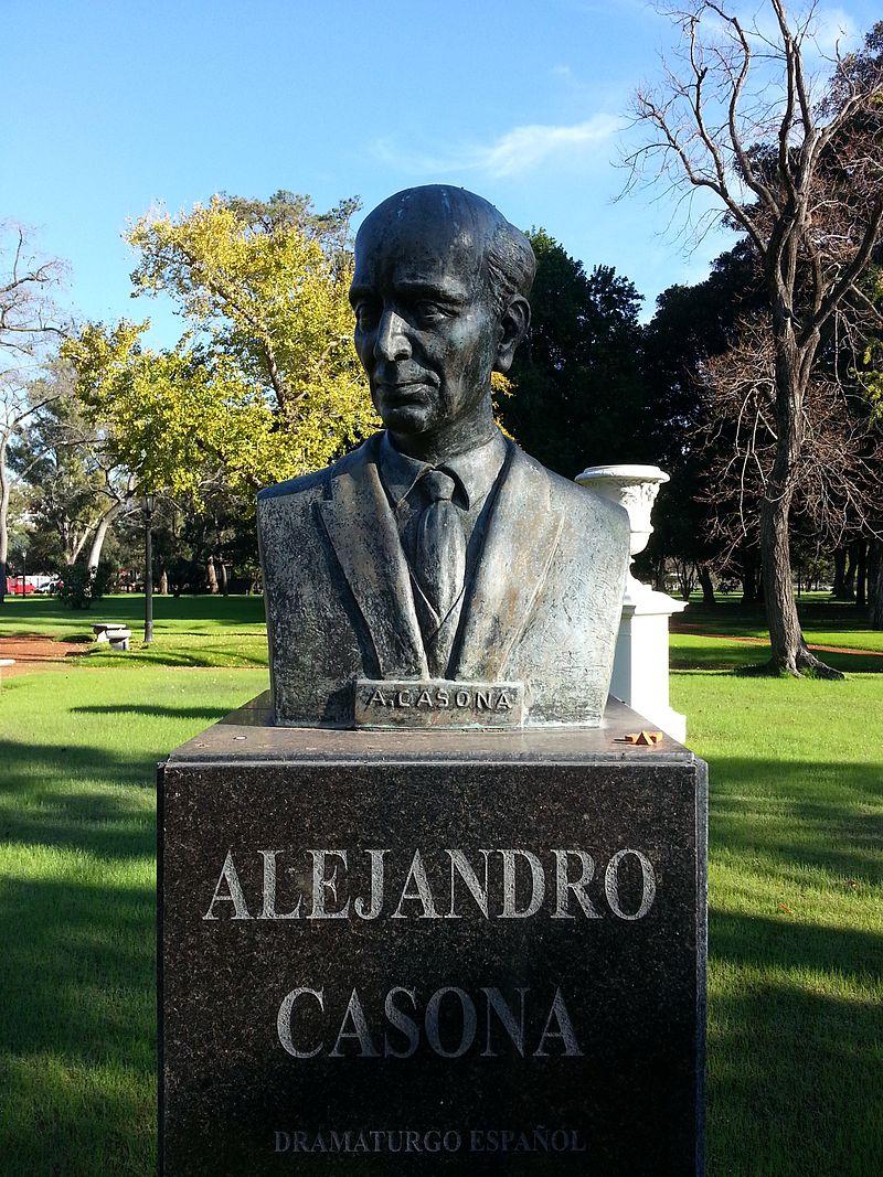 Casona, Alejandro